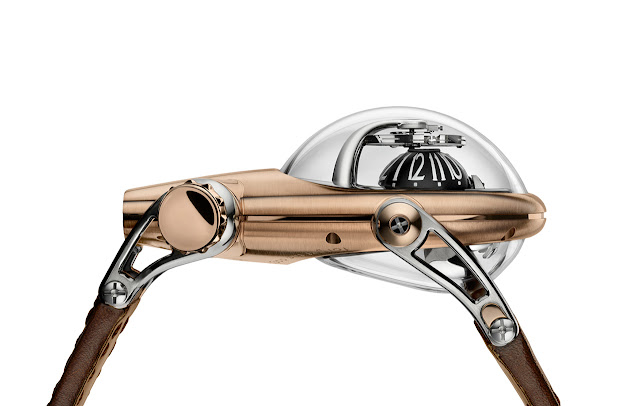 MB&F Horological Machine No.10 Bulldog in red gold