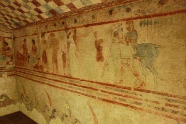 P1060369 - Os Etruscos