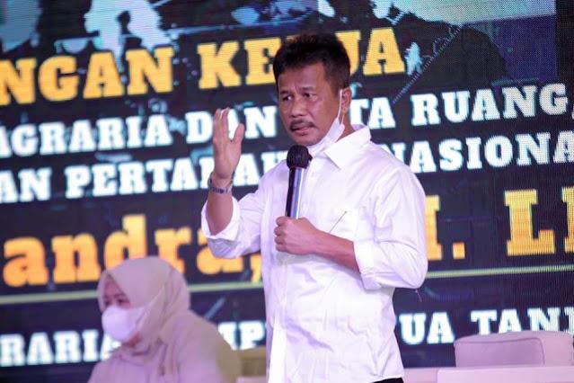 Gesa Penyelesaian 37 Kampung Tua di Batam, Rudi Gelar Pertemuan dengan Wamen Surya Tjandra