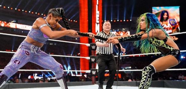 Фьюд Саши Бэнкс против Бьянки Белэйр стал самым важным в WWE