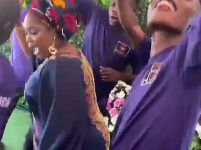 Parte After Parte! People Criticizes a Nigerian Mum Over Her Dances Steps. VIDEO