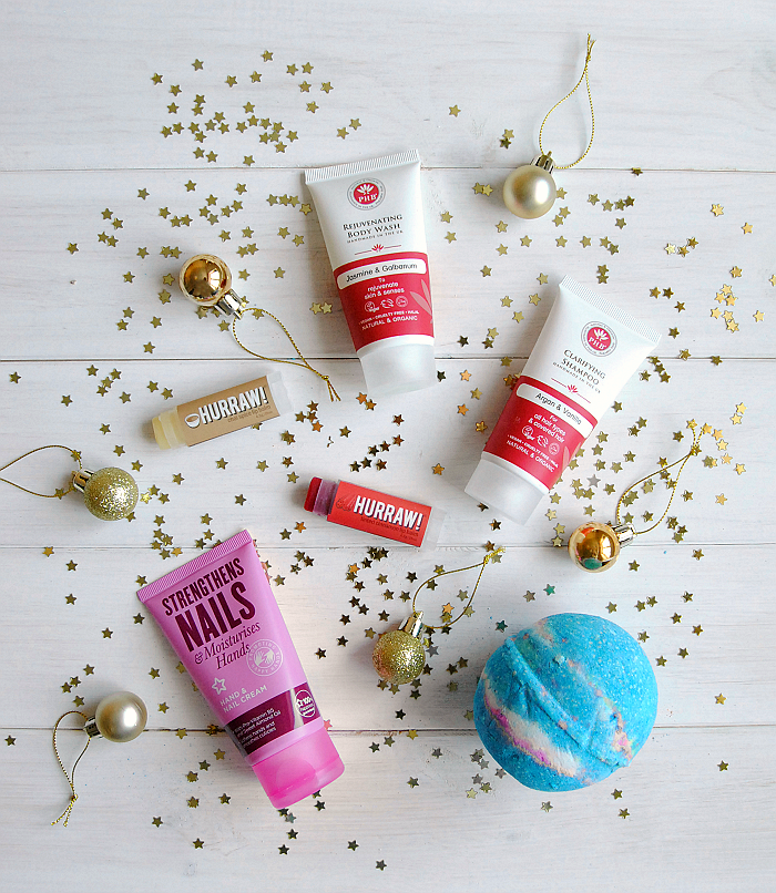 Looking for vegan Christmas presents? Read my gift guide of vegan beauty stocking fillers for recommendations on the best cruelty-free presents for Christmas.