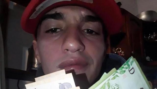 Delatado por Facebook. Descubrieron al asesino de la jubilada porque se fotografió con el dinero robado 1598035153615