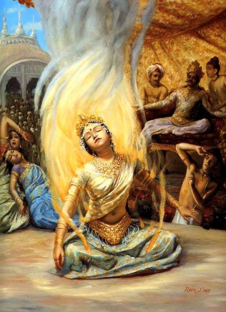 Hint mitolojisinde bu geleneğin Tanrı Shiva'nın karısı Sati'nin kendini ateşe atmasıyla başladığı söylenir.