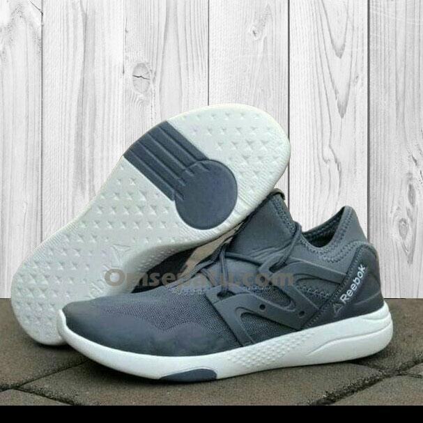Sepatu Reebok LesMills Premium Biru Navy  SRL-002   76a8a4a44e