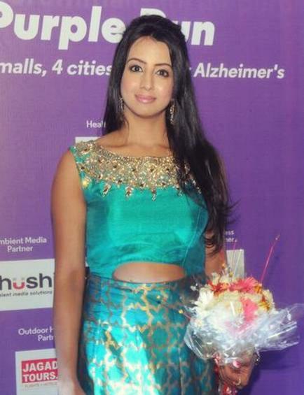 कन्नड़ सिनेमा ड्रग रैकेट की जांच: सीसीबी ने अभिनेता संजना गलरानी के घर की तलाशी ली
