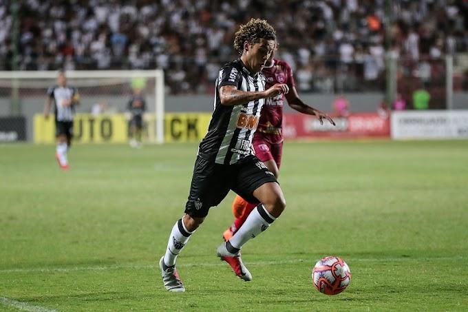 Pode pintar troca entre Flamengo e Atlético. Guga interessa ao time carioca que oferece jogadores ao Galo.