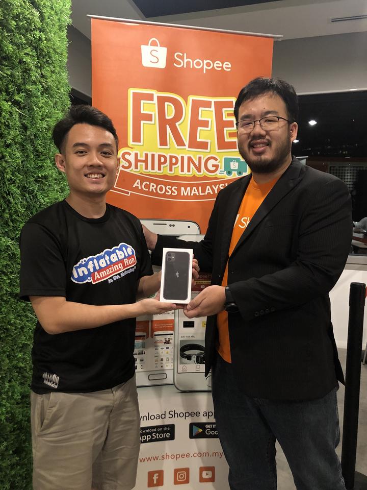 Pemilik Pertama iPhone 11 di Malaysia