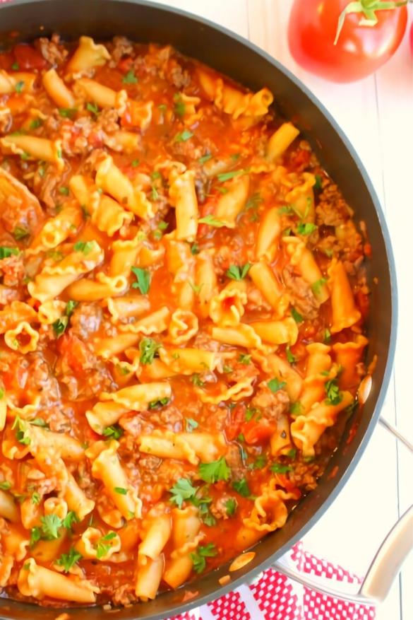 One Pot Cheesy Italian Goulash Recipe