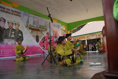 Lomba Kasidah di Festival Pulau Penyengat tidak hanya Perempuan saja