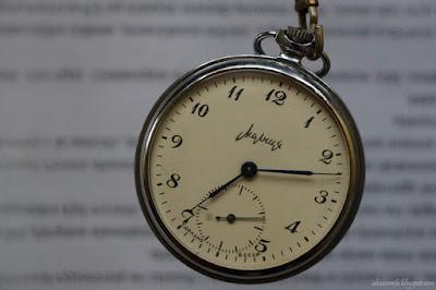 zegar, stary zegarek, upływający czas