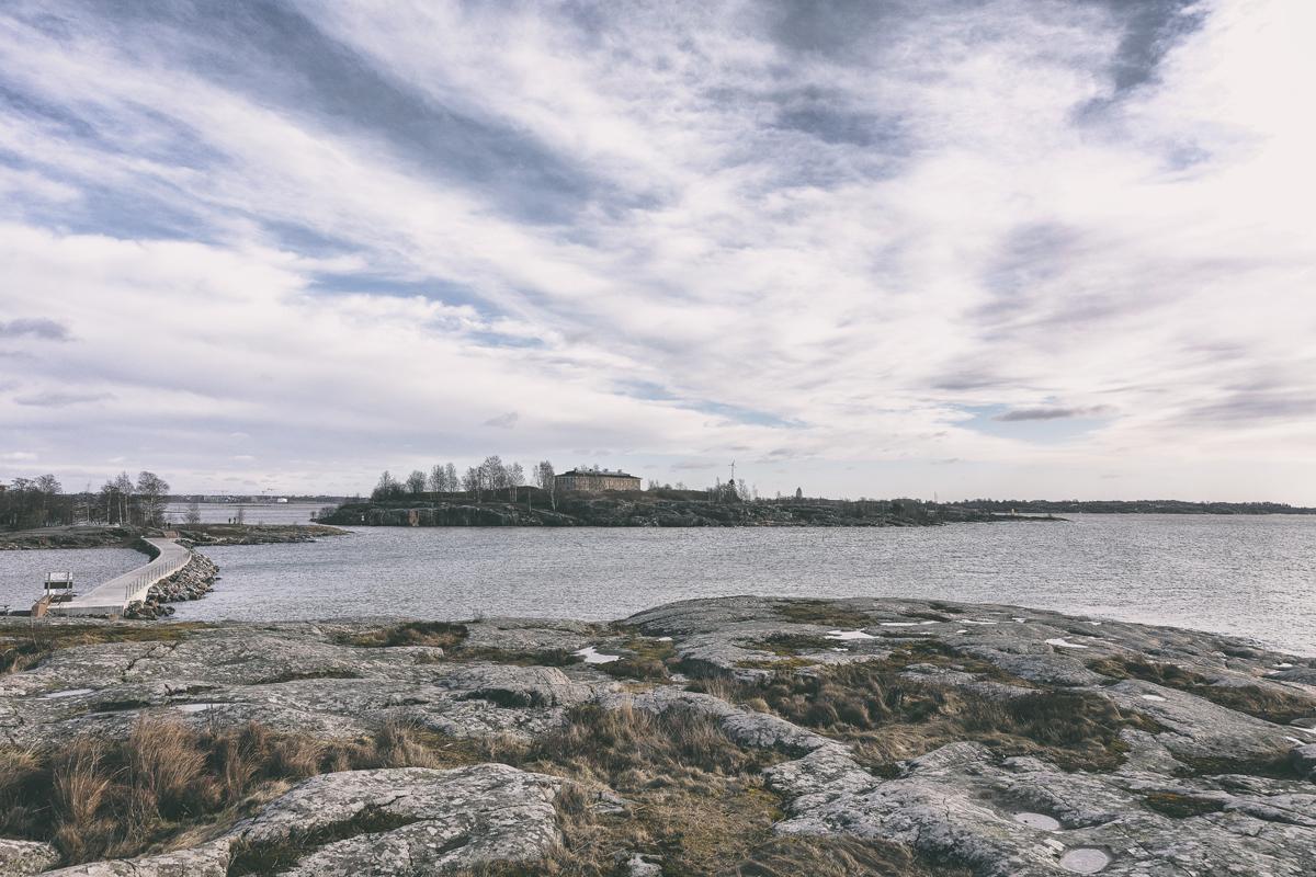 Helsinki, streetphoto, streetphotography, katukuvaus, valokuvaus, Finland, Visitfinland, Visithelsinki, myhelsinki, finland_photolovers, photographer, valokuvaaja, Frida Steiner, visualaddictfrida, visualaddict, wonderful places, travel, europe, city, seaside, sea, ocean, rocks, islands