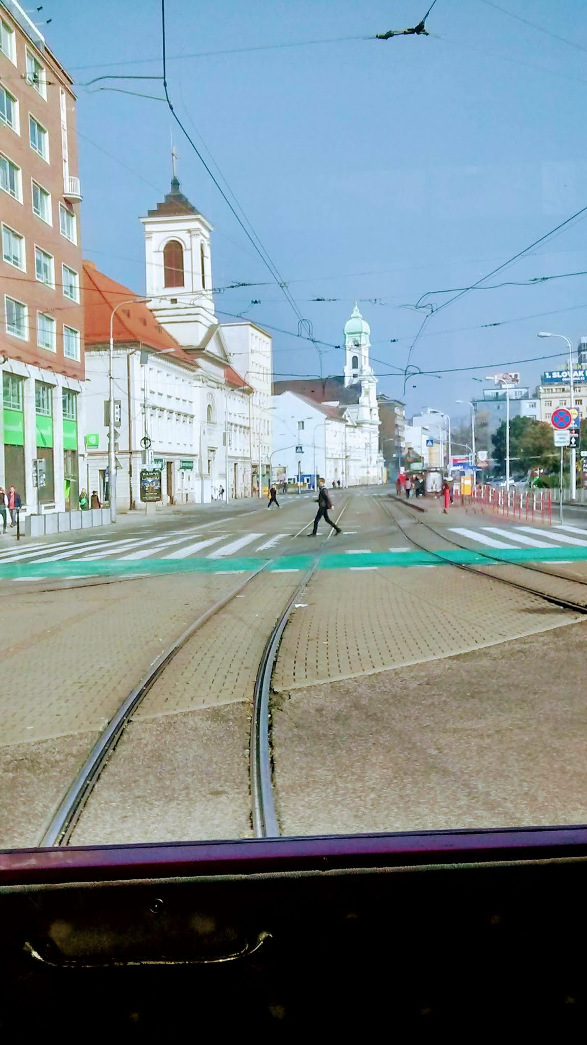 bratis square