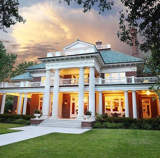 Di Tambah Dengan Interior Yang Berisikan Pernak Pernik Mewah Membuat Kesan Tersebut Seperti Istana Raja 50 Desain Rumah Terbaik 2016 Bawah