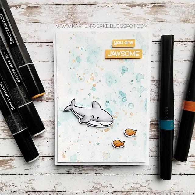Kartenwerke: Haifischkarte mit Stempeln von Lawn Fawn, Sparkle Glitter Pens und Spectrum Noir Markern