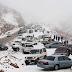 بالفيديو.. لأول مرة منذ أعوام الثلوج تغطي جبال السعودية