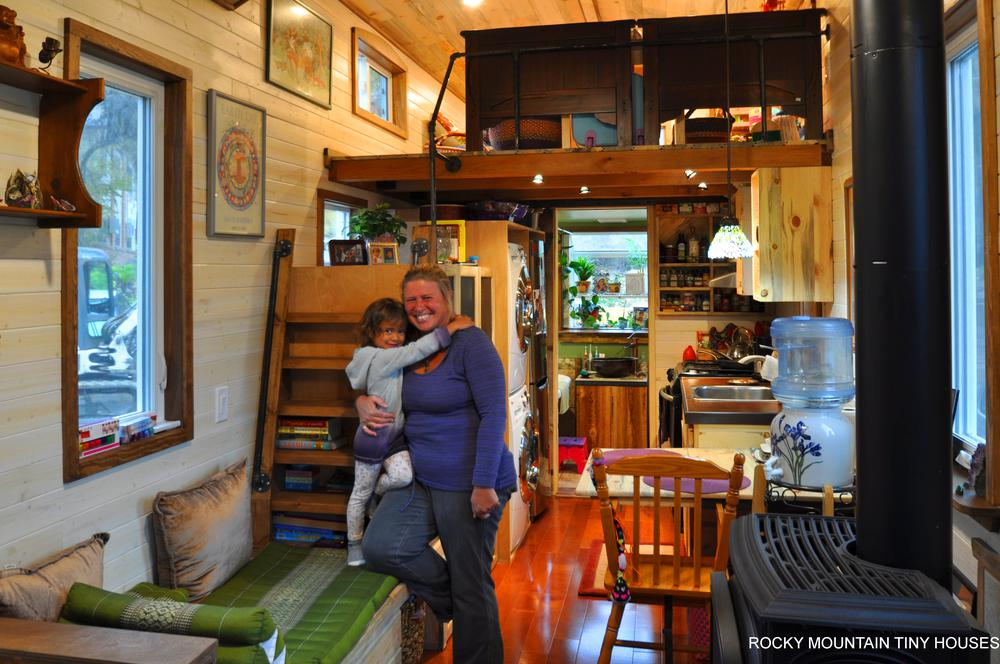 Tiny house town red mountain from rocky mountain tiny homes for Large family living in small house