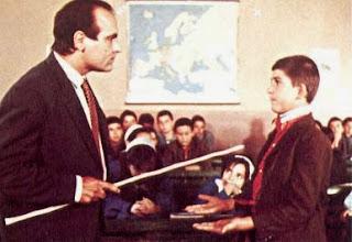 Δάσκαλος, αυστηρότητα, βέργα, ξύλο, φόβος, τάξη, μαθητής