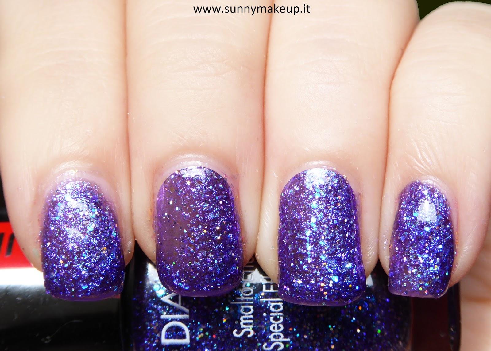 swatch Pupa - Diamond Dust. Da sinistra verso destra, gli smalti speciali effetto polvere di diamante nelle colorazioni: 001 Silver, 002 Peach, 003 Fuchsia, 004 Violet, 005 Blue, 006 Emerald.