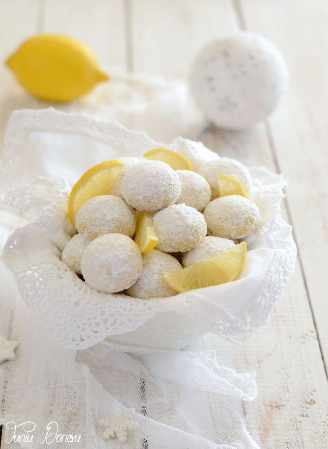 Лимоново-Маслени бисквити с бадемово брашно