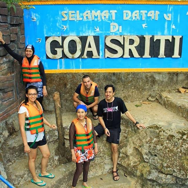 Wisata Goa Sriti Gunungkidul Yogyakarta - Goa Pindul Jogja