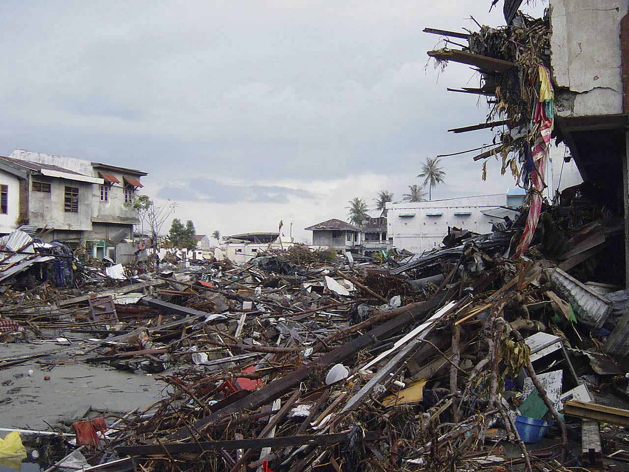 Tsunami and people