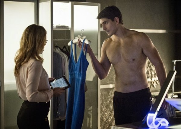 Felicity y Ray Palmer en Arrow 3x07 - Draw Back Your Bow