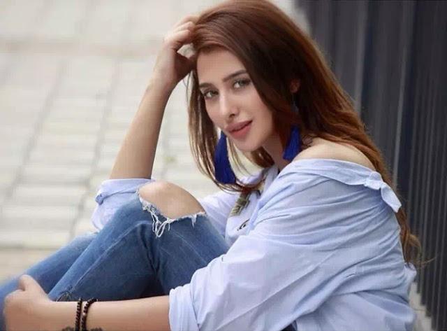 Mahira Sharma Long Hairstyle