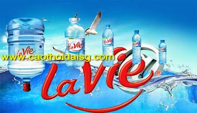 In tem nhãn chuyên dùng cho các loại chai nhựa đựng nước suối