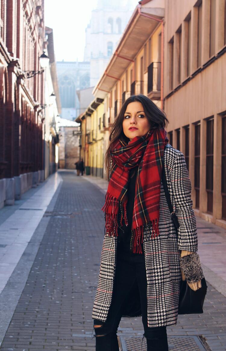 manoplas-erizo-bufanda-tartan-blog-de-moda-leon