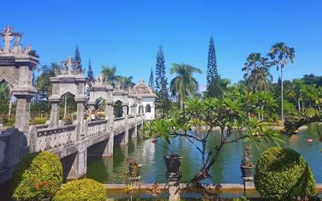 Taman Ujung Karangasem, Bali