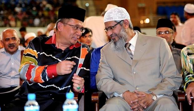 Kerajaan Terengganu Tawarkan Pulau Kepada Dr. Zakir Naik
