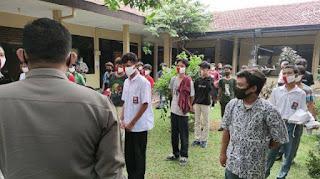 Polisi Tidak Akan Terbitkan SKCK bagi Pelajar Ikut Demo UU Ciptaker