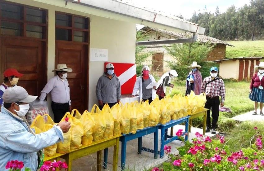 Distribuyen alimentos de Qali Warma a estudiantes de Cajabamba