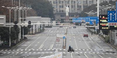 jalanraya hampir kosong di kotaraya di kebanyakkan negara kerana covid-19
