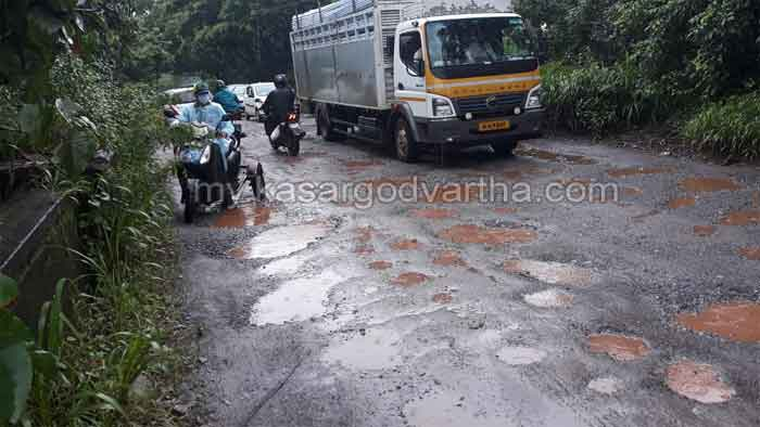 CM's statement that roads have been made passable: Complaint that officials have misunderstood
