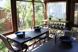 山野草盆栽の教室睦草のアトリエ風景