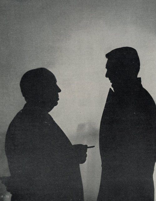 Cary Grant Alfred Hitchcock North By Northwest movieloversreviews.filminspector.com