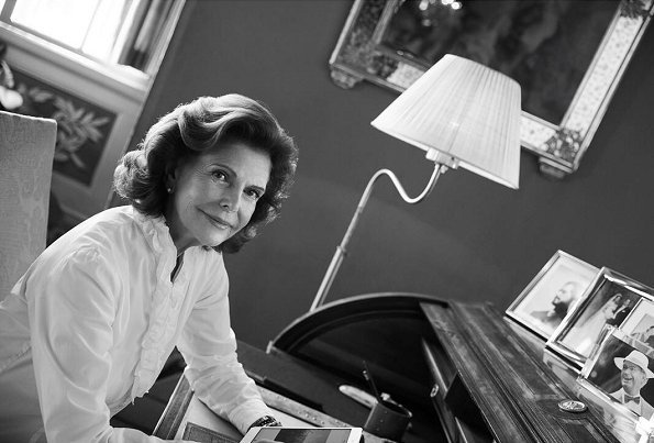 Queen Silvia tells about her interest in fashion, her Nobel outfits, her grandchildren and her social activities. Queen Silvia celebrate her 75th birthday