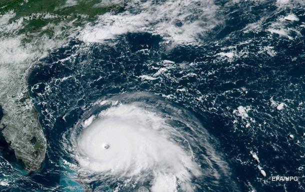 Ураган Доріан посилився до максимальної категорії