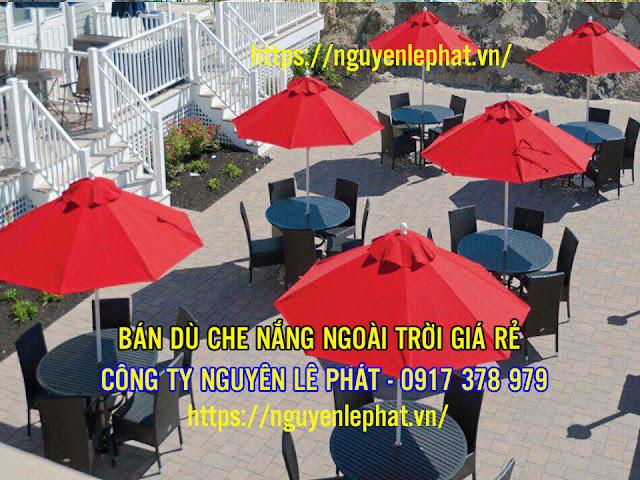 Dù cafe là dạng dù che mưa che nắng chuyên dùng cho các quán cafe, nhà hàng, dù cafe có tán rộng, độ che phủ lớn, sản phẩm dù cafe
