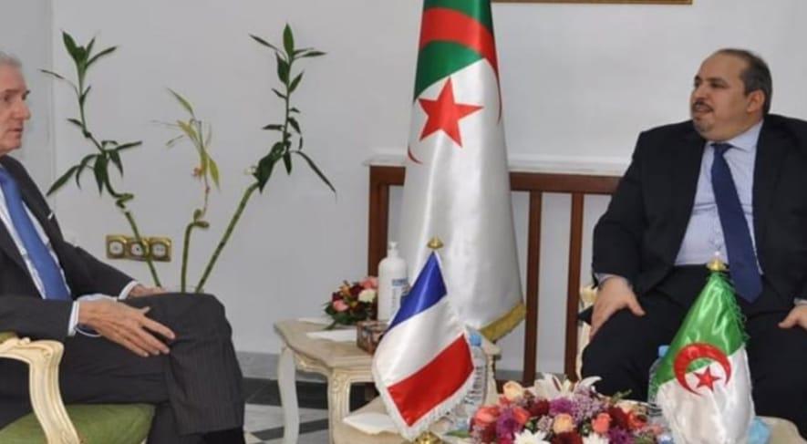 الغضب يجتاح حزب جبهة التحرير الوطني الجزائريه