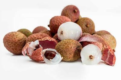 فوائد فاكهة الليتشي للرجيم