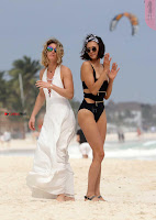 Nina+Dobrev+in+Bikini+Playful+Pics+in+bLack+Wow+at+a+Beach+in+Mexico+%7E+SexyCelebs.in+Exclusive+03.jpg