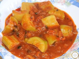 tocanita de dovlecei de post reteta taraneasca de casa cu dovlecel zucchini ceapa rosii ardei retete culinare mancaruri cu legume tocana mancare sos,