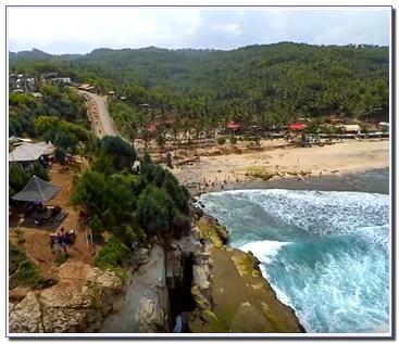 Alamat Pantai Klayar
