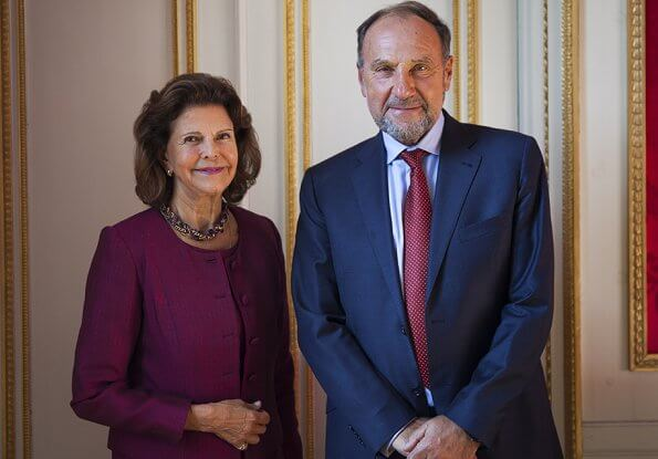 Queen Silvia gave an interview for Henrik Frenkel's podcast Help I have Alzheimer