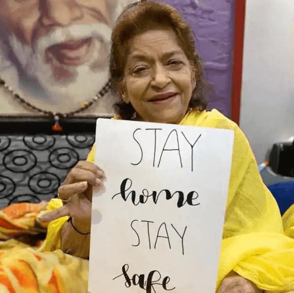Saroj Khan का कार्डिएक अरेस्ट के चलते 71 साल की उम्र में हुआ निधन