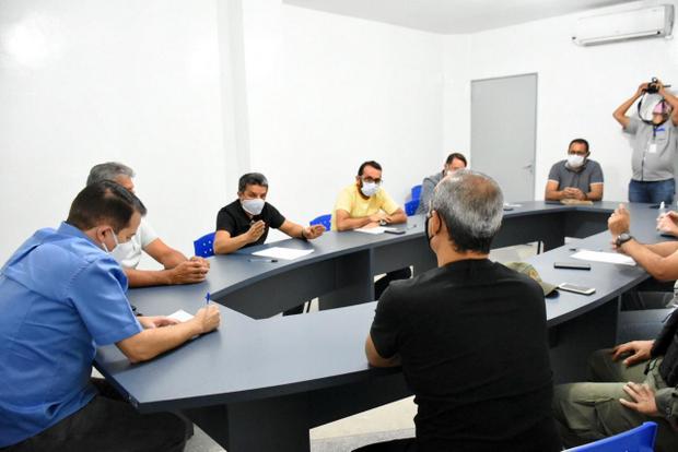 Comitê de Enfrentamento ao Covid-19 discute economia em Santa Cruz do Capibaribe