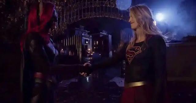 Batwoman Supergirl Elseworlds